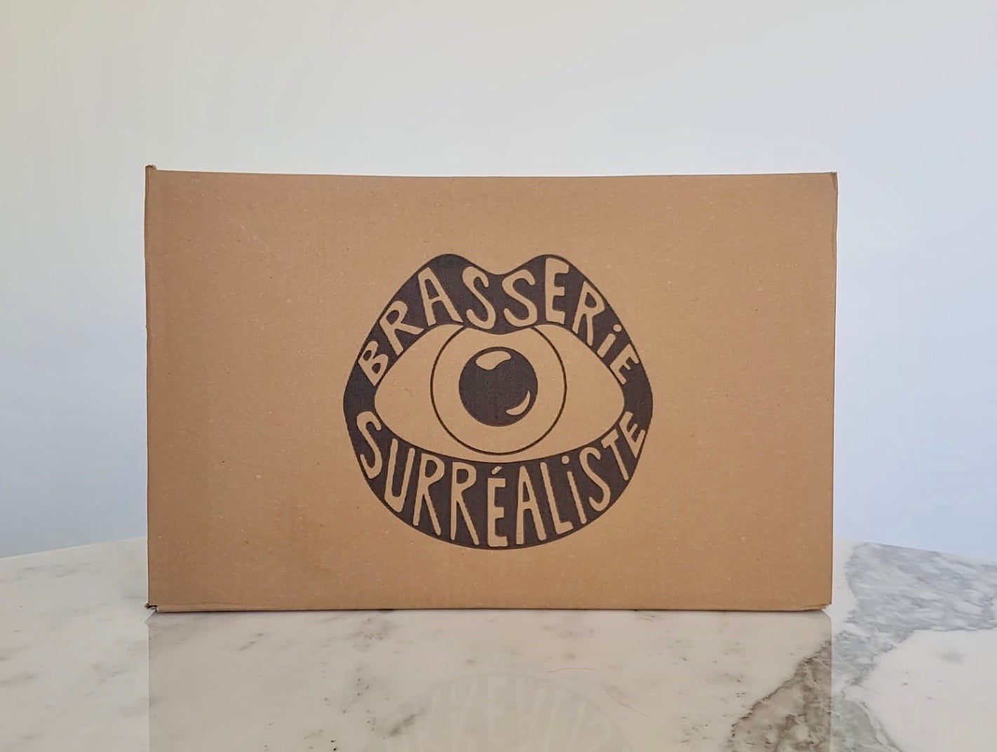 Surréaliste - Case of 24 - Brasserie Surréaliste