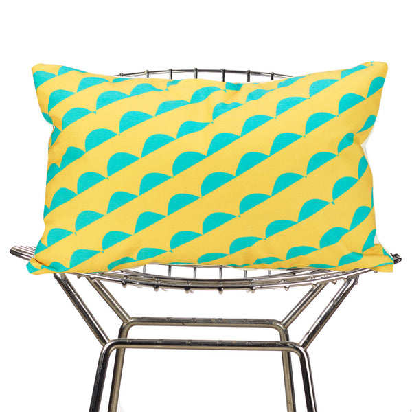 curves (yellow) pillow