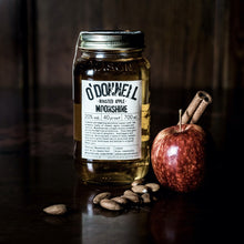 Load image into Gallery viewer, Gift Set | Roasted Apple Moonshine + Pouring Lid