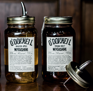 Bundle of Moonshine | 2x Moonshine 700ml + 2 Pourers