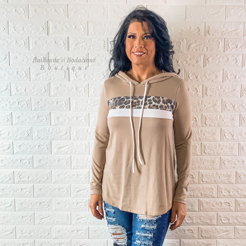 Hoodie with leopard contrast - Bailleaux's Bodacious Boutique