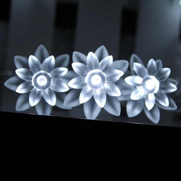 Mains Powered 10M 100LEDs Cool White Lotus Flower Fairy Lights