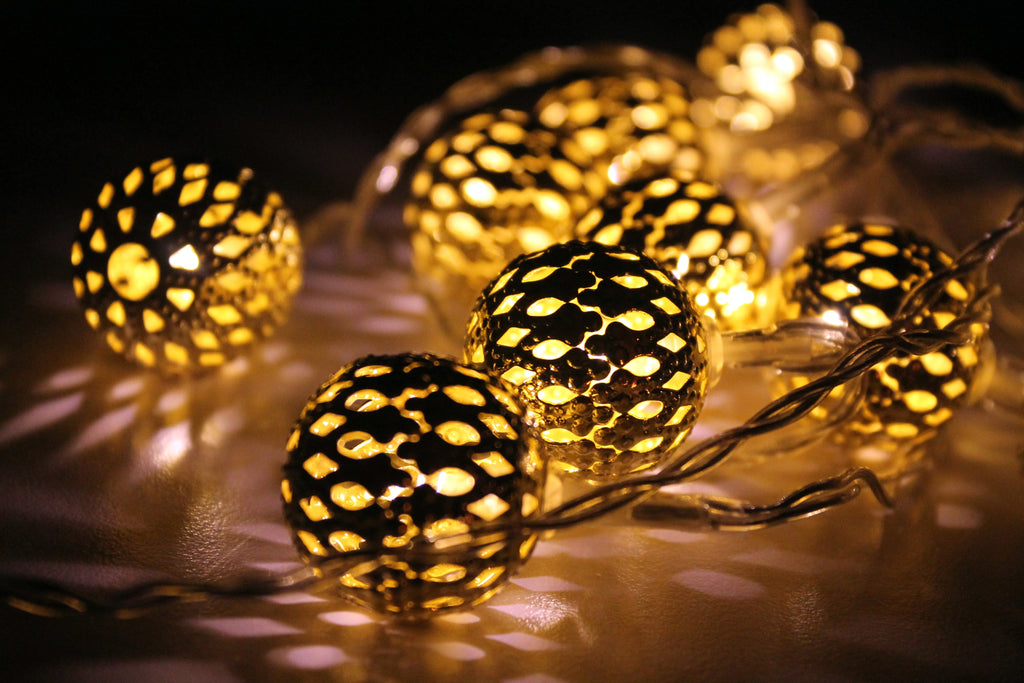 20LED Battery Powered Warm White Silver Moroccan Orb Ball LED Fairy Lights