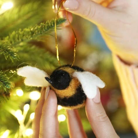 Felt Buzzy Bee Hanging ornament Decoration