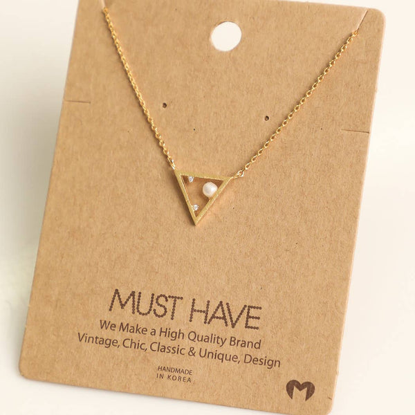 Small Pearl Triangular Necklace