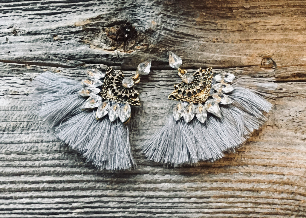 Tassel earrings grey Bejeweled