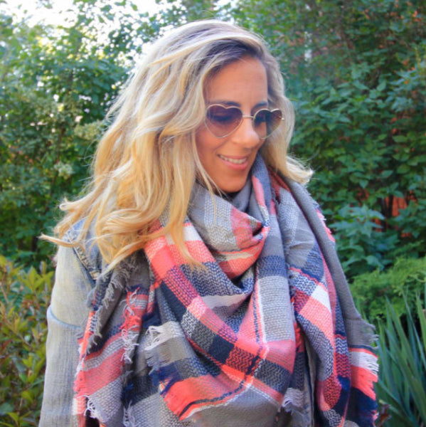 Blanket scarf greys and pinks