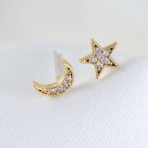 Cz Stone Moon And Star Gold Earrings