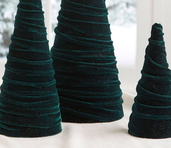 Velvet trees (set of 3) in Emerald