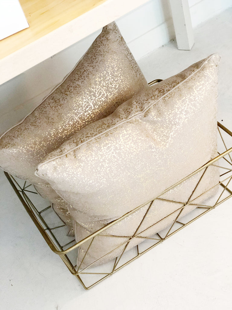 Set of 2 gold foil pillows