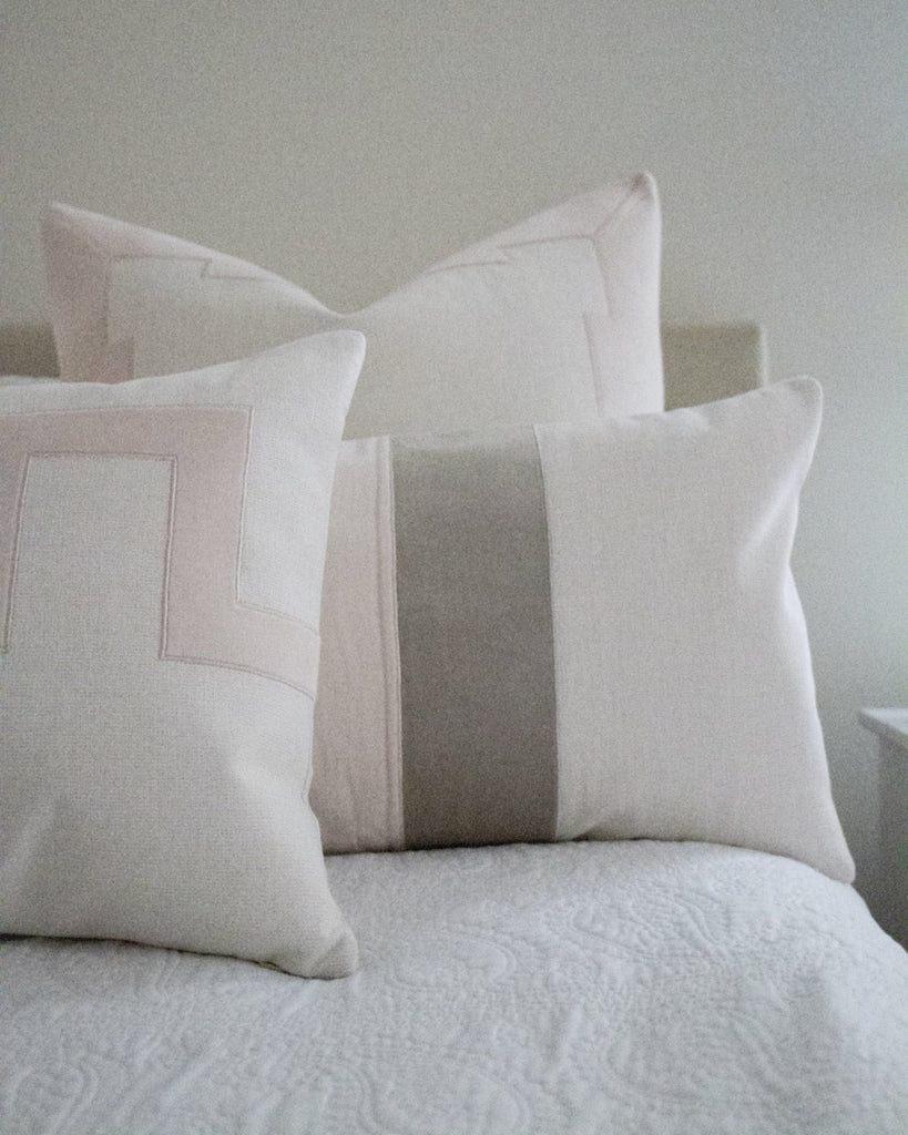 Westin Pillow -Blush