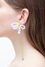 Load image into Gallery viewer, ASTER CHINENSIS - Single earring