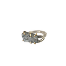 Load image into Gallery viewer, Kyanite and Sterling Silver Ring