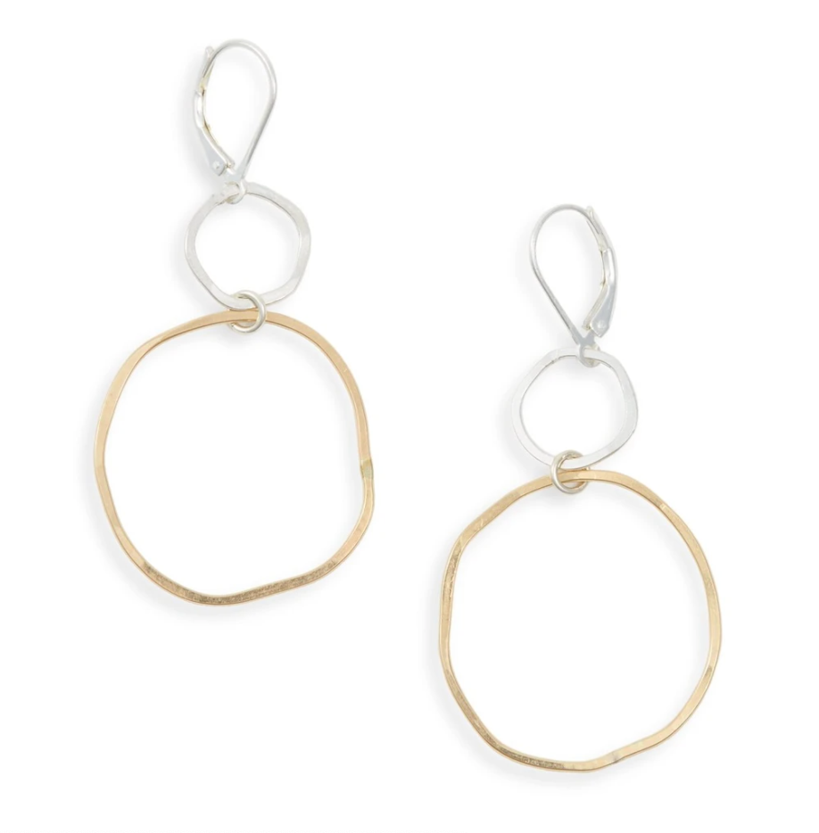 Uplift golden earrings