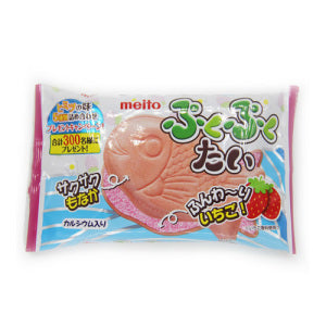 Meito Fish Shaped Wafer Strawberry