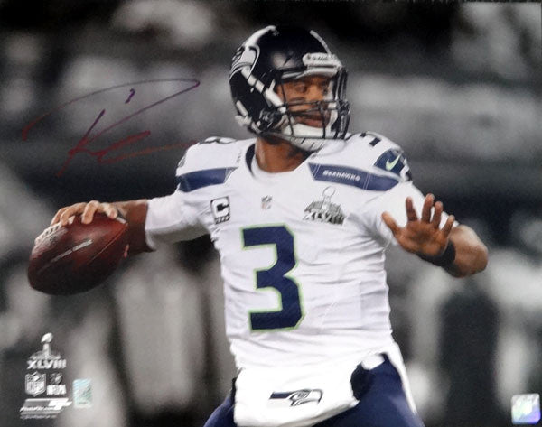 Russell Wilson Autographed 16x20 Photo Seattle Seahawks Super Bowl RW Holo Stock #80814