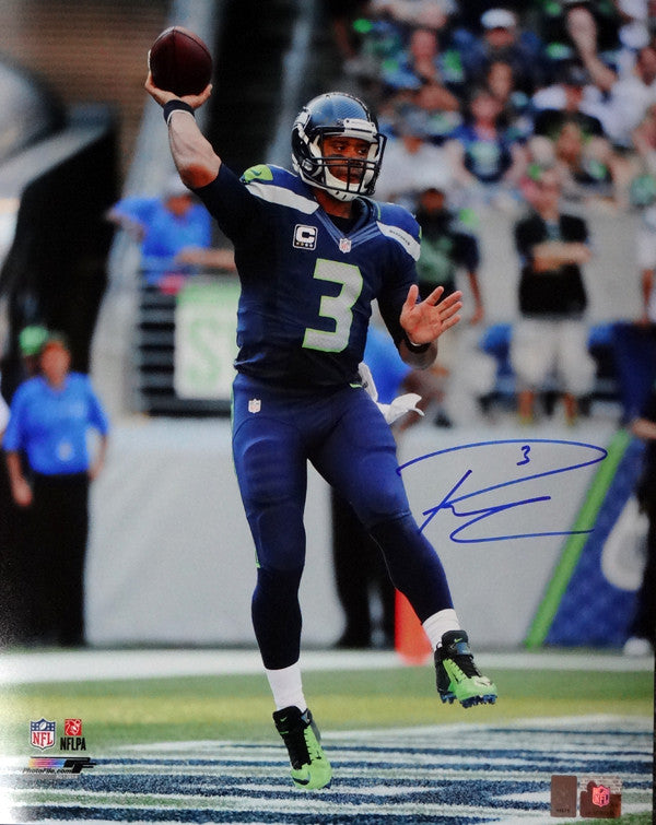 Russell Wilson Autographed 16x20 Photo Seattle Seahawks RW Holo Stock #95141