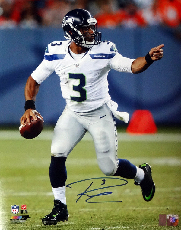 Russell Wilson Autographed 16x20 Photo Seattle Seahawks RW Holo Stock #95143