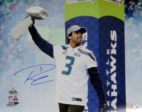 Russell Wilson Autographed 16x20 Photo Seattle Seahawks RW Holo Stock #95144