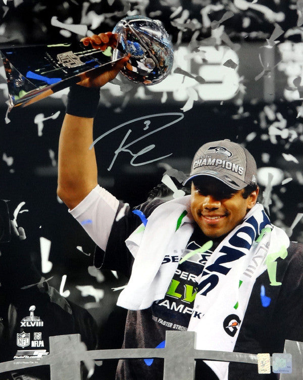 Russell Wilson Autographed 16x20 Photo Seattle Seahawks Super Bowl Trophy RW Holo Stock #85977