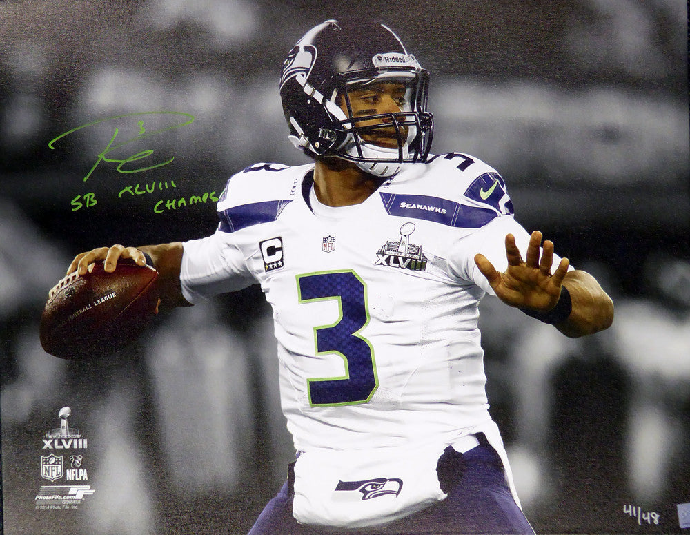 "Russell Wilson Autographed 24x30 Canvas Photo Seattle Seahawks ""SB XLVIII Champs"" Super Bowl #/48 RW Holo Stock #104117"