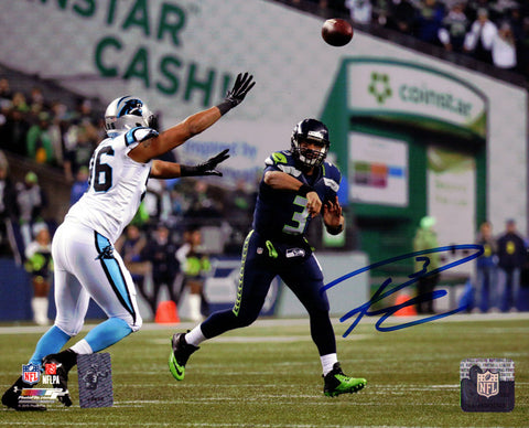 Russell Wilson Autographed 8x10 Photo Seattle Seahawks RW Holo Stock #94274