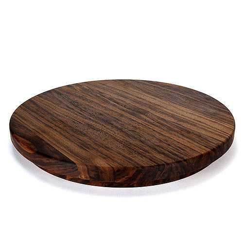 The Pearl Wood Cutting Board in Walnut by Helmwood