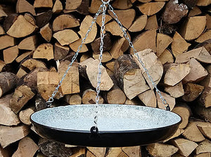 Paella pan with chains