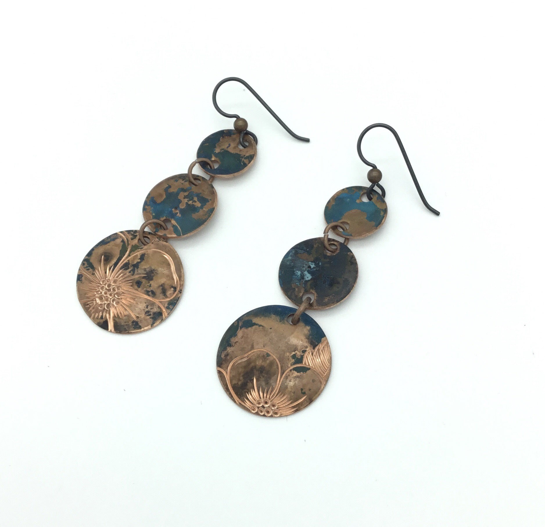 Wild Roses cp drop 3-disc earrings by Jennifer Younger