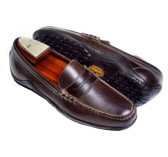 Martin Dingman Shoe Walnut (Bill Penny)