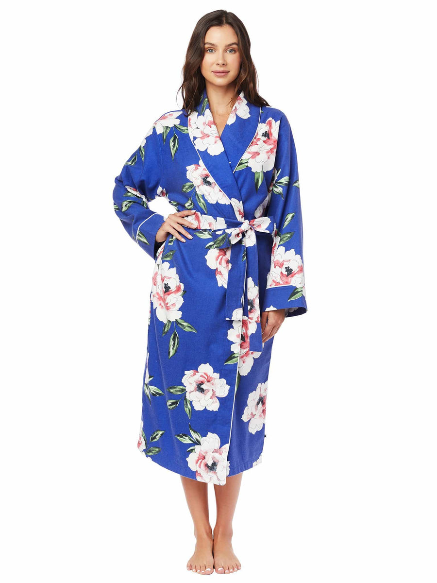Model wearing Savannah Blue Pima Flannel Robe