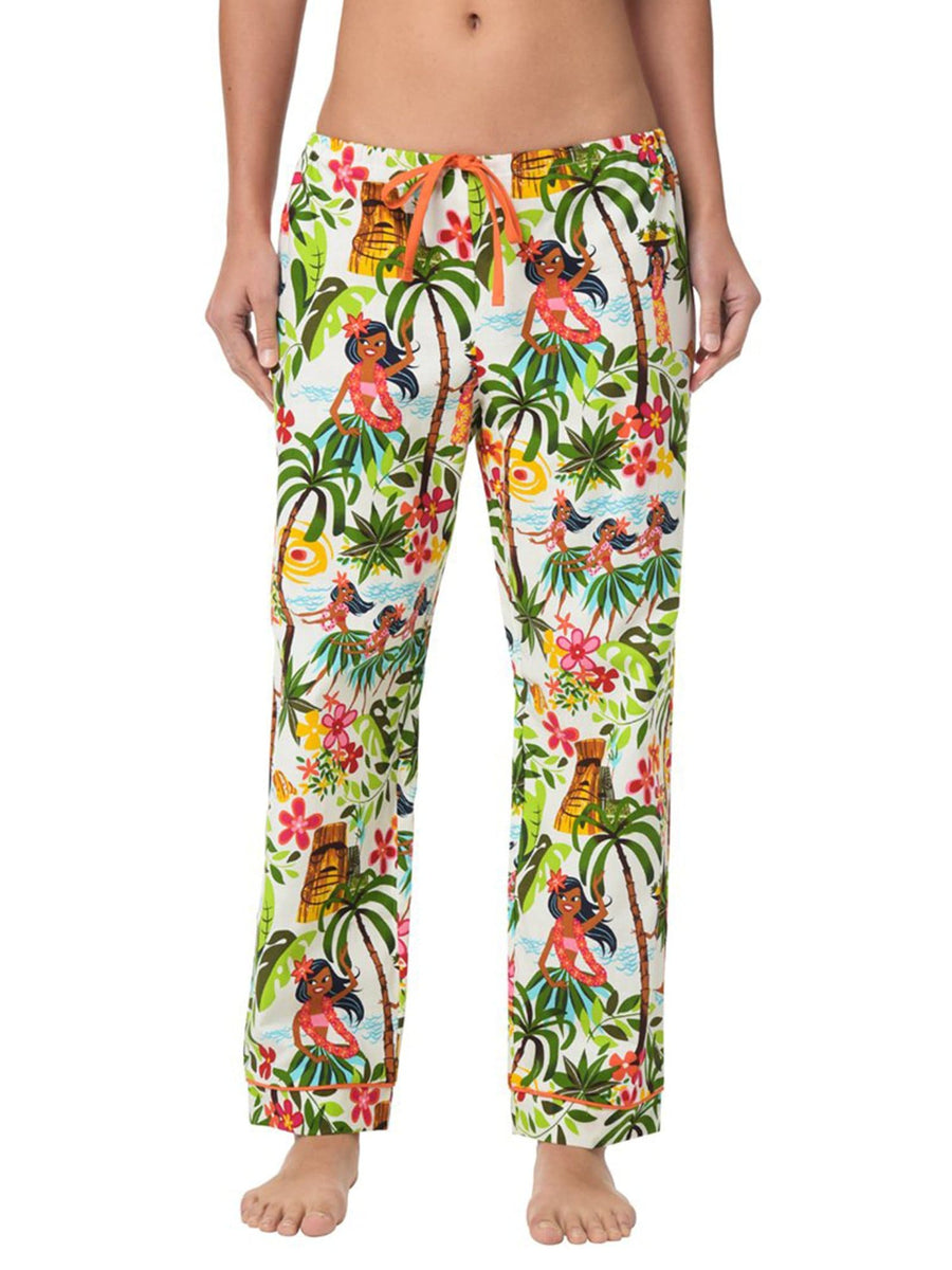 Model wearing Happy Hula Girls Women's Pant