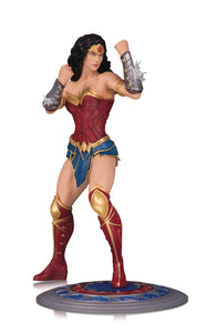 DC Core: Wonder Woman Statue