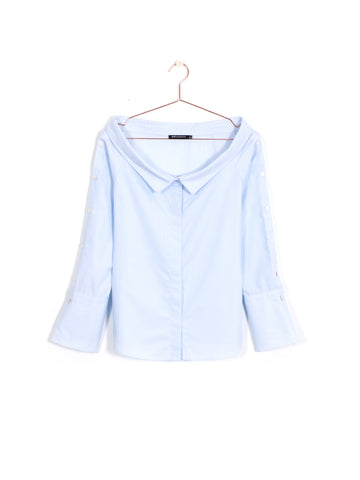 Off-Shoulder Buttoned Shirt