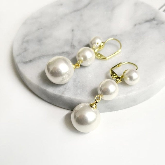 Triple Pearls Earrings