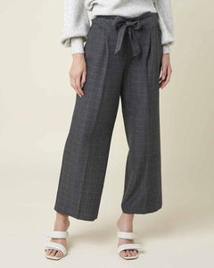 GREY CHECK 3/4 TROUSERS