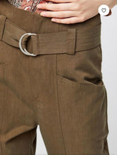 Load image into Gallery viewer, JEREMY TROUSERS/ KHAKI
