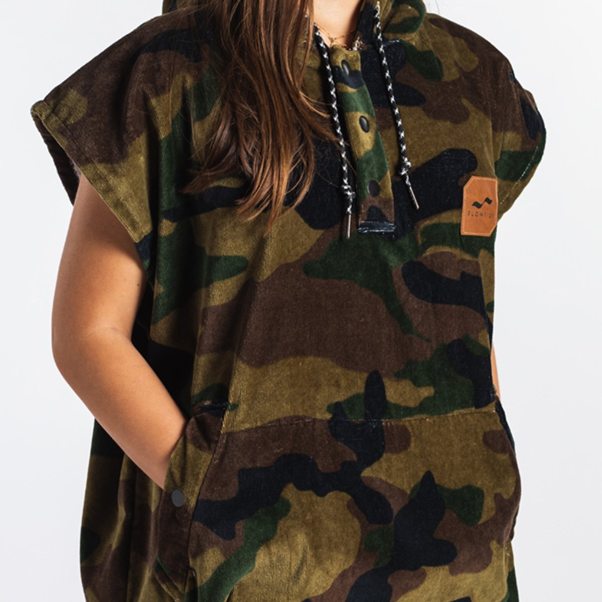 REGIME CHANGING PONCHO S/M