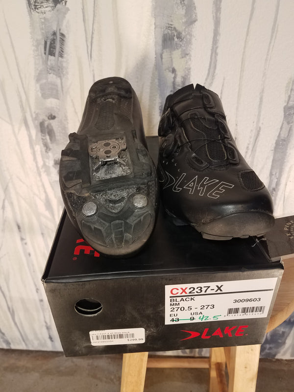 Lake Bike Shoes - Black, 42.5