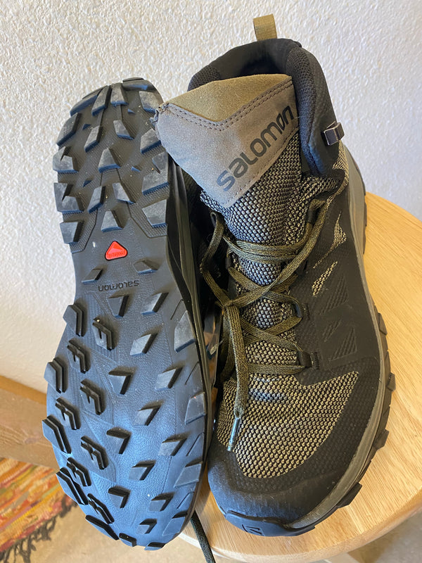 Salomon Hiking Shoes - Olive Green, M 12.5