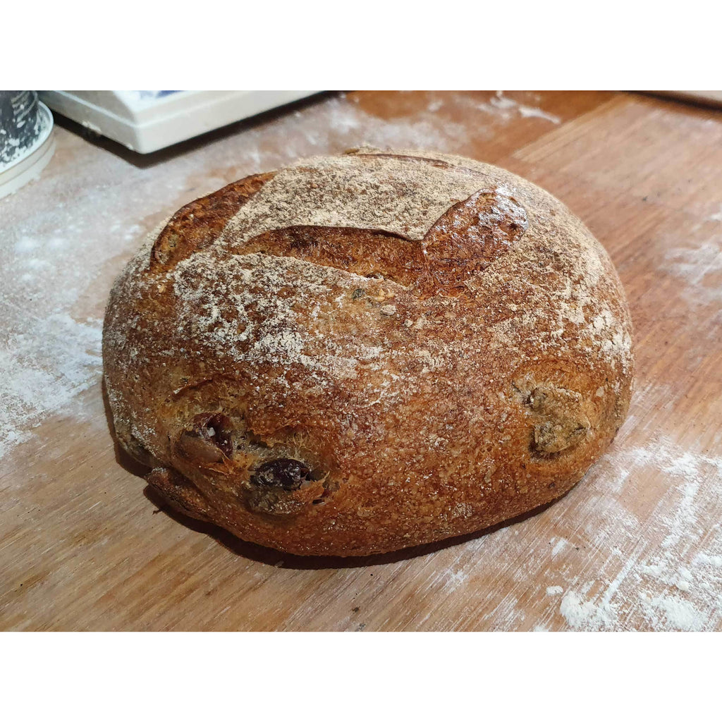 Olive Sourdough 900g - Sunday