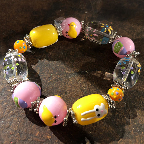 Handpainted Glass Easter Stretch Bracelet - Yellow/Pink
