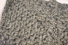 Load image into Gallery viewer, Heather Gray Crochet Cat Mat