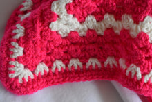 Load image into Gallery viewer, Bright Pink and Navy Crochet Cat Mat