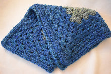Load image into Gallery viewer, Cerulean & Teal Homespun Yarn Crochet Cat Mat