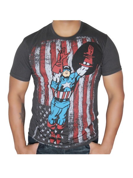 Captain America flying T-Shirt - Planet Superhero