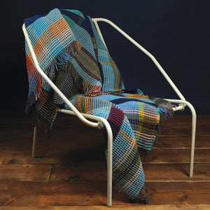 WALLACE+SEWELL - HONEYCOMB THROW - WILDING - LARGE