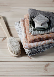 LAPUAN - NIITTY LINEN TOWEL. GREY