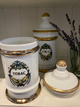 Load image into Gallery viewer, APOTHECARY TABAC CANDLE