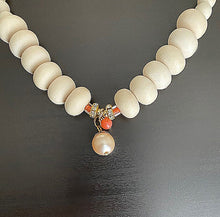 Load image into Gallery viewer, Ivory Reef Beaded Necklace With Pearl Drop